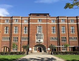 How to Find a School in UK for Your Child